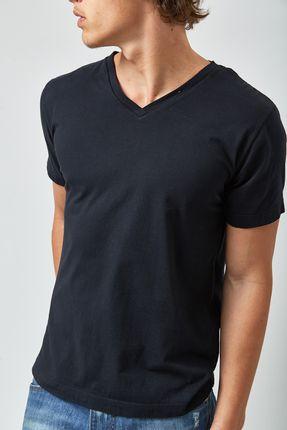 Camiseta-V-Neck---Preto