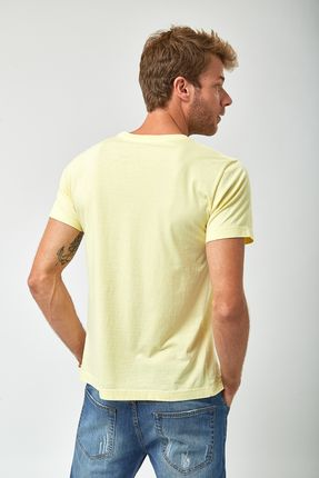 Camiseta-Riders-Of-The-Storm---Amarelo-Claro